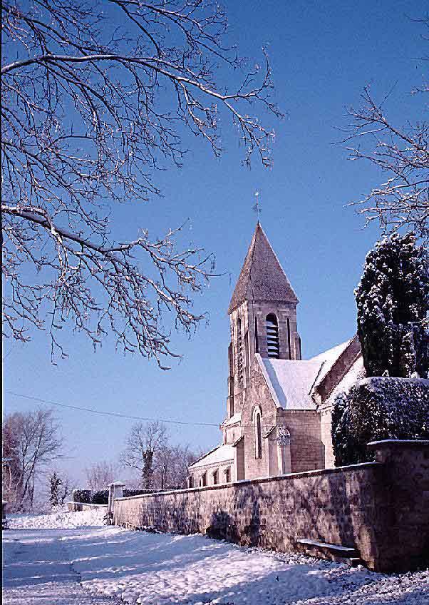 église de Paissy sous la neige