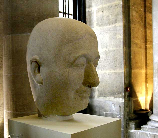 Tête d'Alain par le sculpteur Henri Navarre