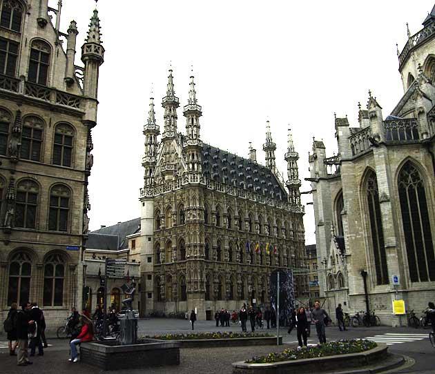 Louvain, Hôtel de Ville