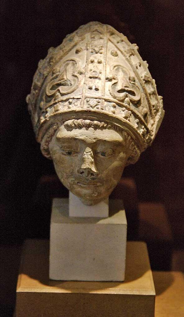 tête d'évêque musée de Châlons