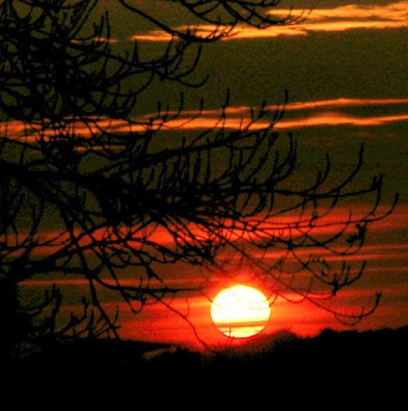 coucher de soleil vers Bourg-et-Comin
