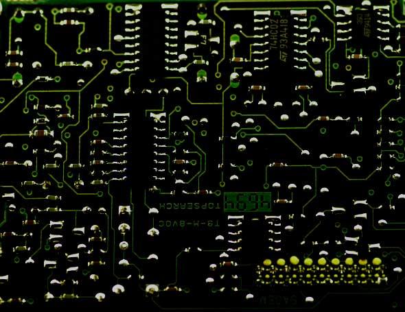 montage électronique d'un combiné cellulaire