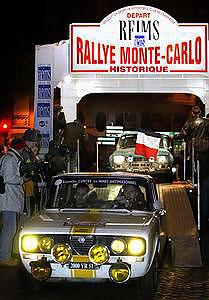 départ du Reims-Monte-Carlo Place du Forum Reims