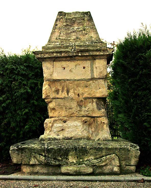 monument audocteur Brocard en 2011