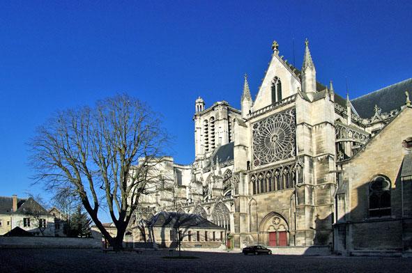 transept sud et nef de Saint-Pierre de Troyes