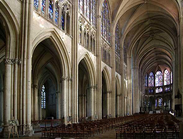 nef gothique de Saint-Pierre de Troyes