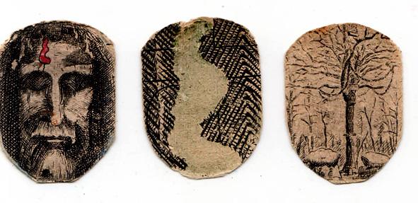 les trois dessins renfermés dans le pendentif amovible