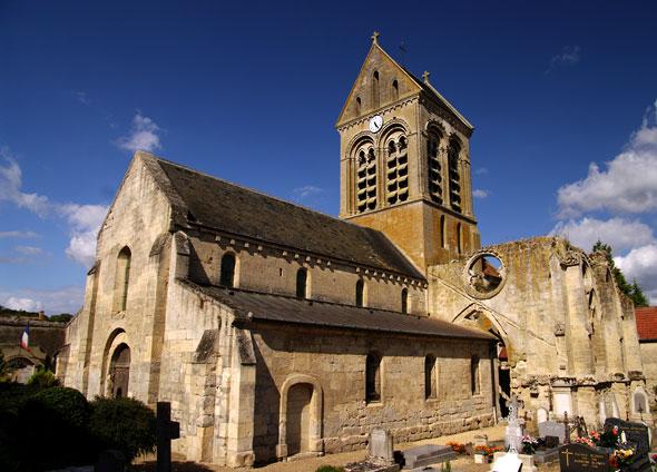 face sud de l'église de Cuiry-Housse