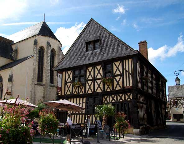 maison de bois à Aubigny-sur-Nère