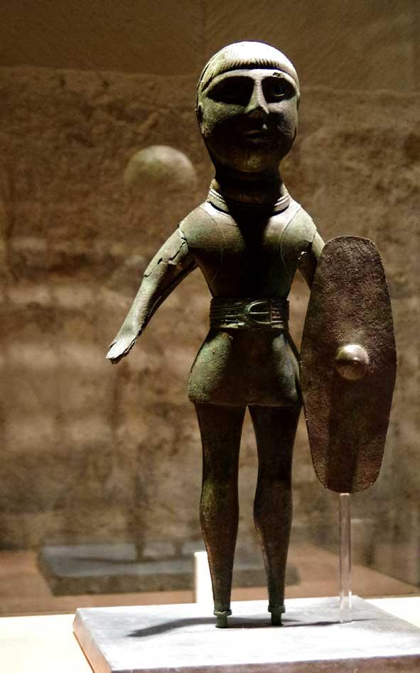 premier siècle de notre ère, mais au fond, sans âge, là est le mystère de l'art...