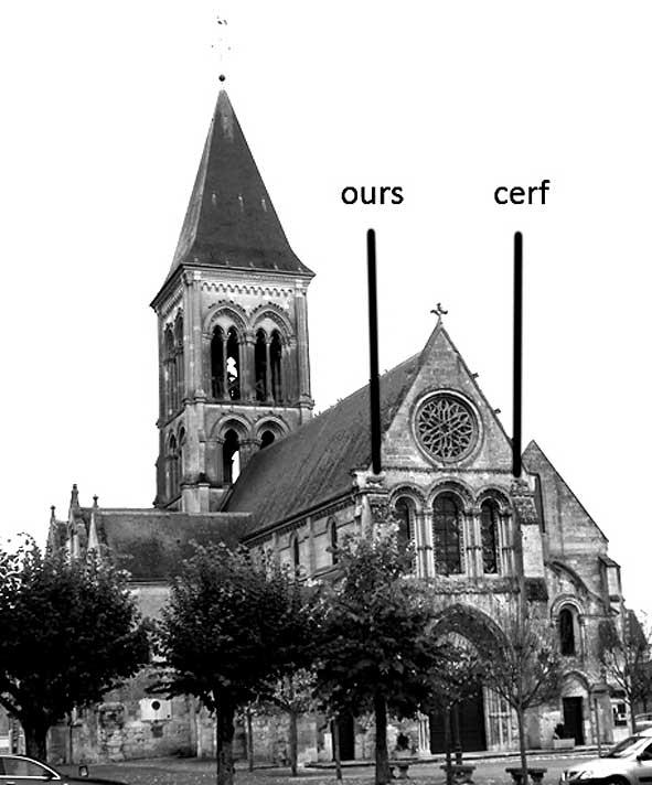 localisation des deux sculptures sur la façade