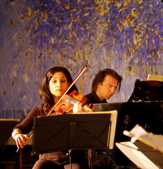 V. Varvaresos pianiste, Jean-Marc Brunet